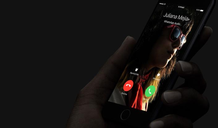 Apple iPhone 7 Plus 128GB - Silver - obrázek č. 9